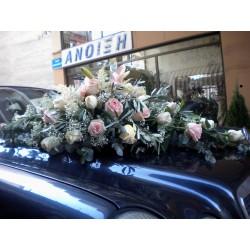 Ανθοπωλείο στη Δράμα για υπέροχο γαμήλιο στολισμό. Νυφικό Αυτοκίνητο 1