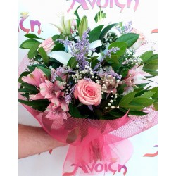 send fresh valentine bouquet in Drama 4
