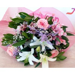 Celebrate Valentine's Day and Send Flowers in drama city