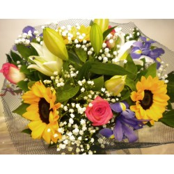 Valentine's Day Flowers Delivered on 14th Feb 6