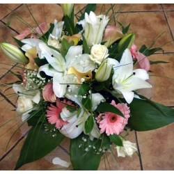 Seasonal Flower Bouquet 09